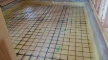 浮き床コンクリート工事です。 本体上棟後に先にコンクリート工事に入りました。