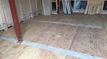 構造床が完成です。 この上に浮き床を造作します。