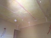 第2遮音壁が完成しました。 天井を吸音天井に仕上げていきます。