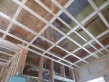 床コンクリートが乾き、弊社の木工事が始まりました。