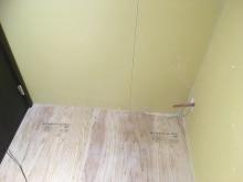 本体工事に引き継ぎ床仕上げやクロス、電気工事を施工していただきます。