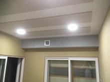 木工事完了です。天井は吸音天井で仕上げています。この状態で音テストを行います。