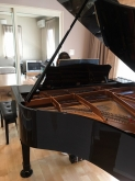 完成です!! ピアノが入ったお写真を頂きました。