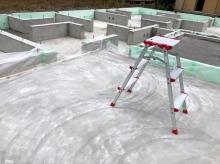 浮き床コンクリートです。