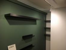 クロス施工完了です。 既設収納は可動式の楽譜棚に変身しました。