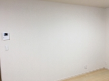リビング側の出入り口は壁に変身し、独立したお部屋に仕上がっています。
