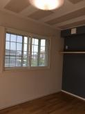 防音室が完成しました。 腰窓の内側に樹脂サッシを2重で設置しています。