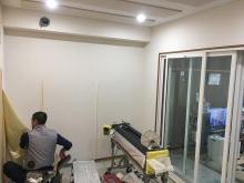 音テスト後にクロスや電気工事などの内装を仕上げています。