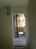 躯体の壁と天井をつくっています。
