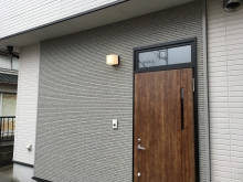完成です。 スタジオの玄関も新しく設けました。