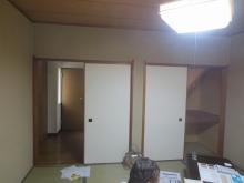 改修前のお部屋です。 廊下への入口は壁にしてしまいます。 収納は反転させて廊下側から使用します。