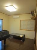 改修前のお部屋です。掃き出し窓・腰窓は埋めて壁になります。