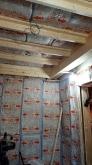 躯体の遮音補強後に下地を組み、お部屋の中にもう一つお部屋をつくっていきます。