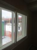 木工事完了です。 腰窓の内側に樹脂サッシを2重で設置しています。