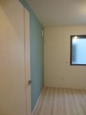 隣部屋などのクロスも張り替えました。