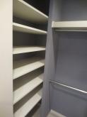 既設収納も遮音補強を行い再度造作しました。