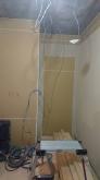 躯体壁の遮音補強です。 収納は取り壊し、防音処理後に楽譜棚につくり変えます。
