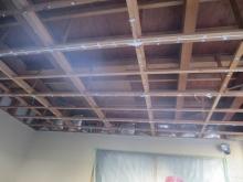 車庫天井を解体しました。