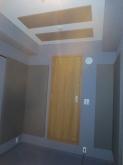 クロスなどの内装工事も完了しました。 出入口には木製の防音ドアを2重で設置しています。