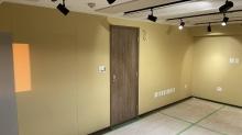 木工事完了です。 入口には木製の防音ドアを2重で設置しています。