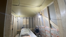 躯体壁と天井の遮音補強です。