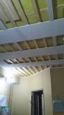 音響工事に入りました。 天井を吸音天井に仕上げていきます。