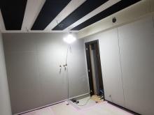 木工事完了です。天井を吸音天井に仕上げました。 音テストを行います。