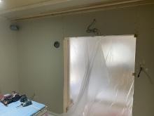 防音室側の壁と天井ができあがってきました。