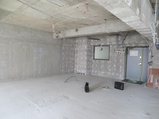 リフォーム業者さんの解体作業後にお邪魔させていただきました。 工事開始を楽しみにしています。。。