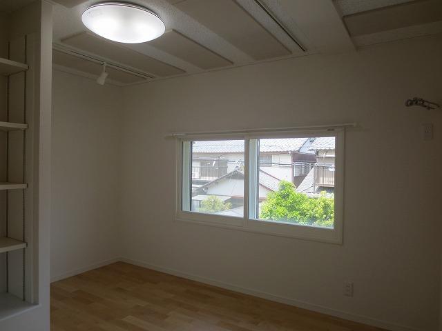 岐阜県各務原市 ピアノ・サックス室改修工事完了しました。