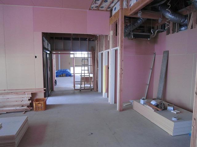 ハウスメーカーさんから引き継ぎ、当社の施工開始です。