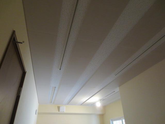 愛知県豊田市 アルトサックス室改修工事完了しました。