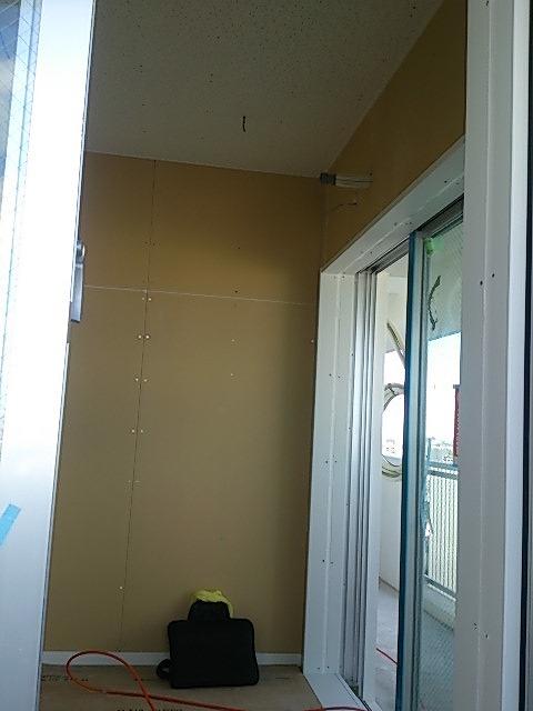 沖縄県島尻郡 リスニングルーム改修工事完了しました。