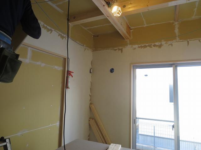 千葉県八千代市 サックス室改修工事完了しました。