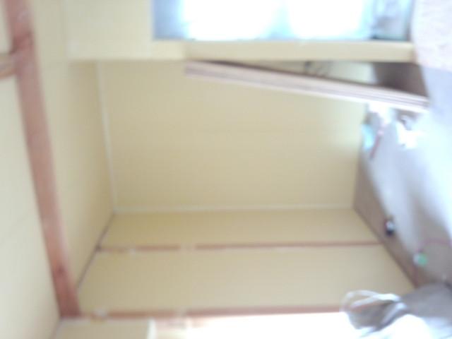 まずは外壁麺などの遮音補強を行います。