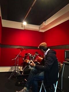 ギター教室が開講します!無料体験レッスン随時受付中!!