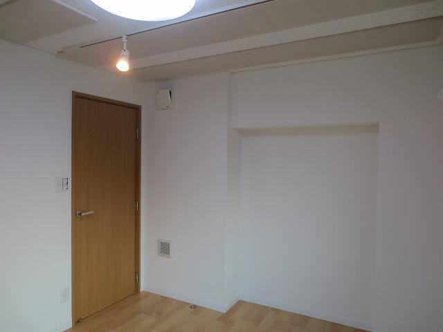 愛知県名古屋市  ピアノ・声楽室改修工事完了しました。